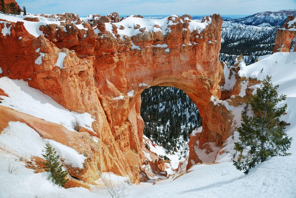 Bryce canyon panorama by Booking Express Travel